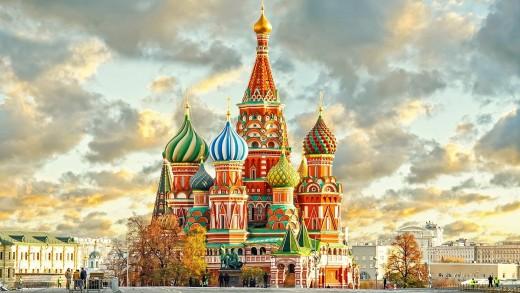 Бели нощи в Петербург и Москва