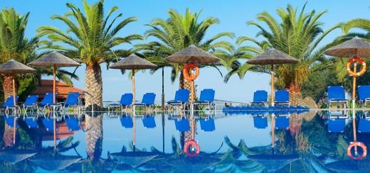 Blue Dolphin Sargani Hotel 4*, Ситония