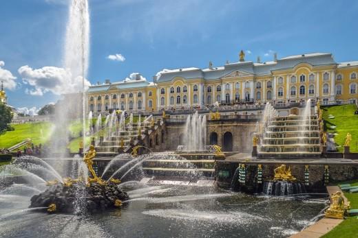 Петербург и Москва - 2 столици на Руската империя