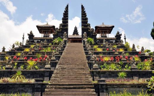 Великден в Сингапур и остров Бали